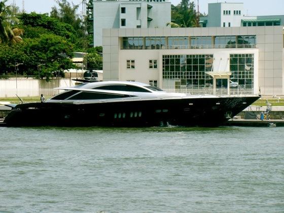 dangotes-yacht